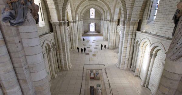 Da non perdere: La Necropoli Reale, Valle della Loira, una passeggiata in Francia