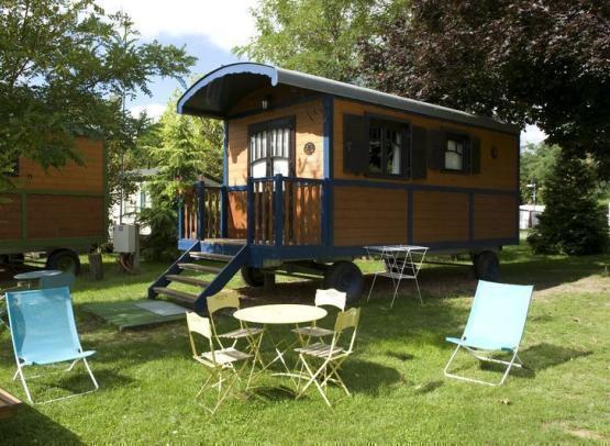 Gien_camping_touristique_02