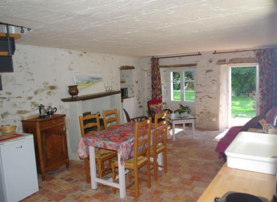 Gîte-La-petite-maison-La-Possonnière-49-hlo5