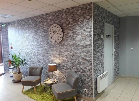 ACVL-BEAUMONT-EN-VERON-Le-petit-logis-Reception-le-petit-logis-office-chinon