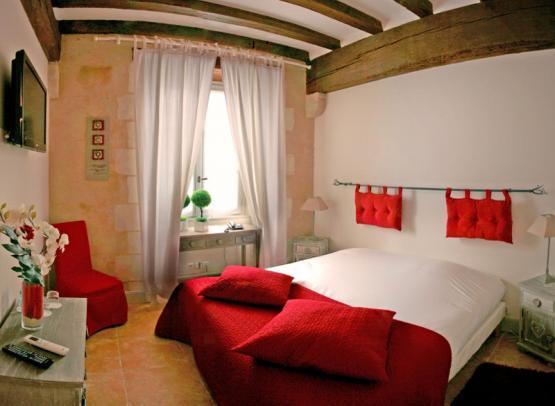 LE XII-DOUZE DE LUYNES, HOTEL DE CHARME 3*