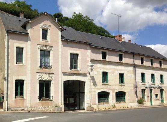 HOTEL LE PETIT TROO DU CHEVAL BLANC