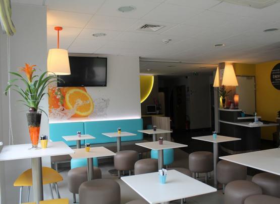 First-Inn-Hotel-salle-petit-dejeuner2-Blois©First-Hotel-Blois
