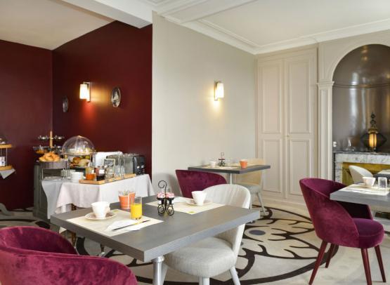 Villa-des-bordes-petit-dejeuner