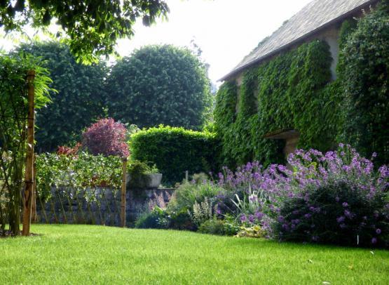 jardin-hotel-tonnellerie-tavers-beaugency-loire-valley