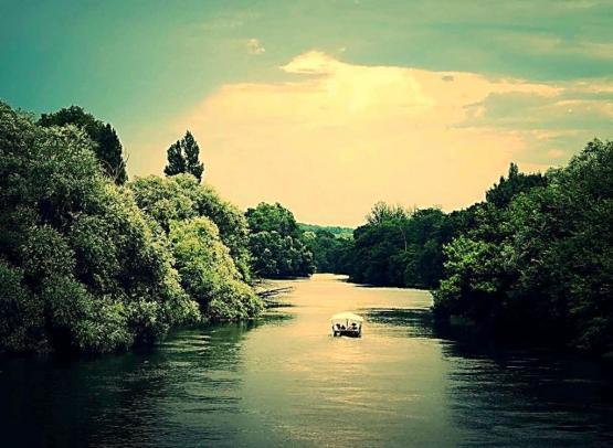bateau-le-cherlock-montrichard-route