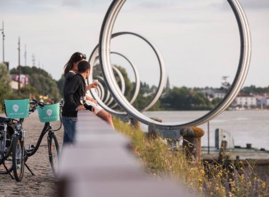 Bike'N Tour -visiter Nantes à velo avec pause dégustation vins locaux