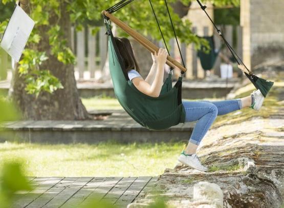 Prieure_Saint_Cosme_jardins_transat_suspendu_stevens_Frémont