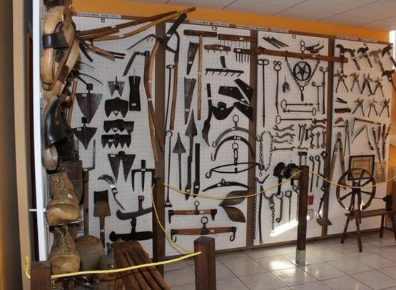 MUSEE D'OUTILS ANCIENS ET D'ART POPULAIRE