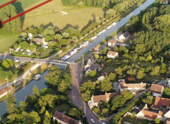 CANAL LATERAL A LA LOIRE