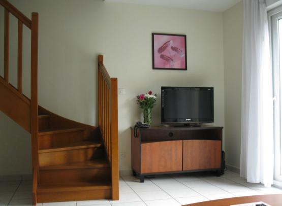 RETOUPDL044214867 - salon t3