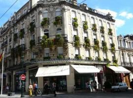 HOTEL DE L'ABEILLE